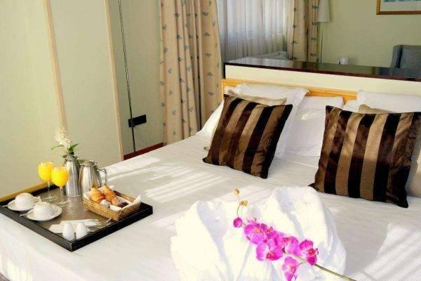 فندق يوروهوتيل دياغونال بورت