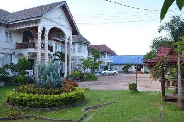 Sinsamai Hotel