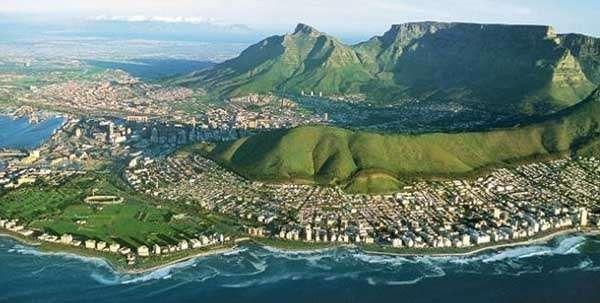 ما الذي يُحدّد المناخ في جنوب أفريقيا؟