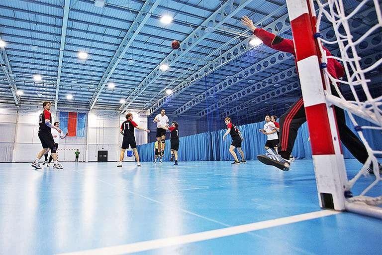 فوائد رياضة كرة اليد