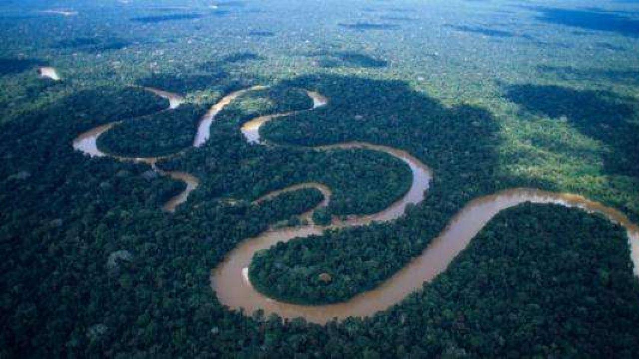 أين يقع نهر الأمازون ومساحته 11