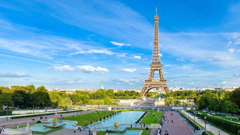 السياحة في فرنسا شهر مارس