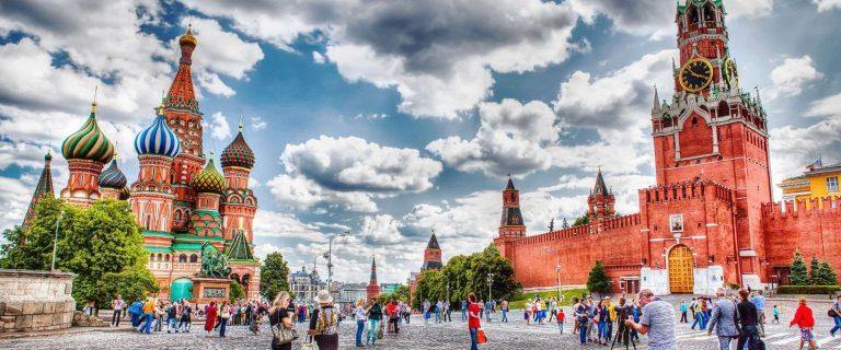 السياحة في روسيا للشباب