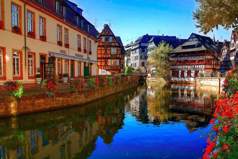 السياحه في فرنسا شهر مايو