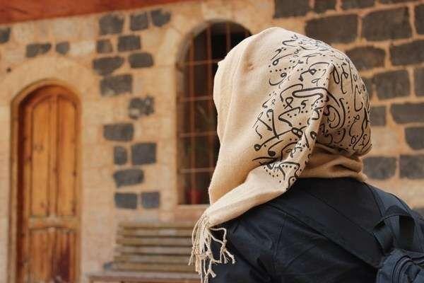 ترغيب البنت في الحجاب