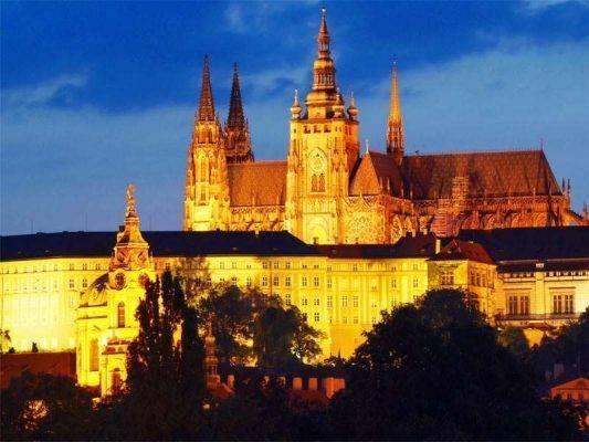 قلعة براغ - السياحة في التشيك والنمسا