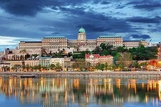 قلعة بودا فى بودابست ..