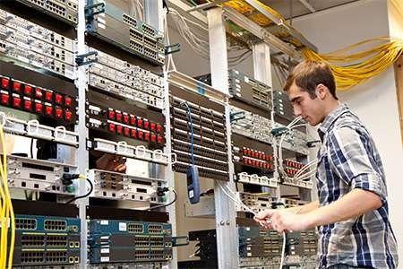 معلومات عن تخصص تقنية الشبكات