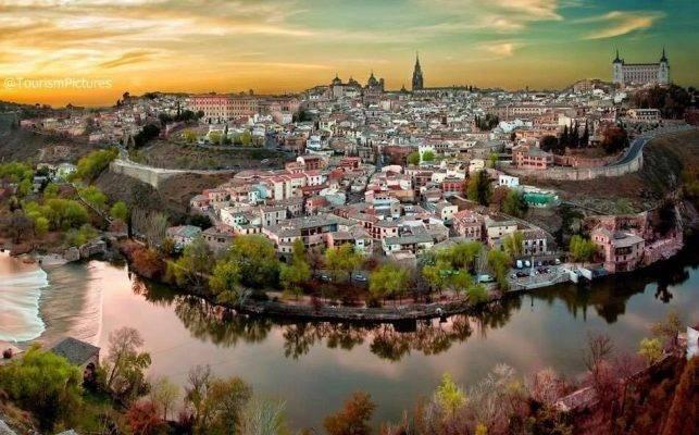 السياحة في اسبانيا شهر العسل