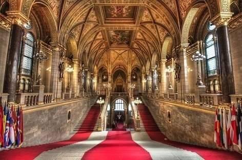زيارة مبنى البرلمان فى بودابست ..