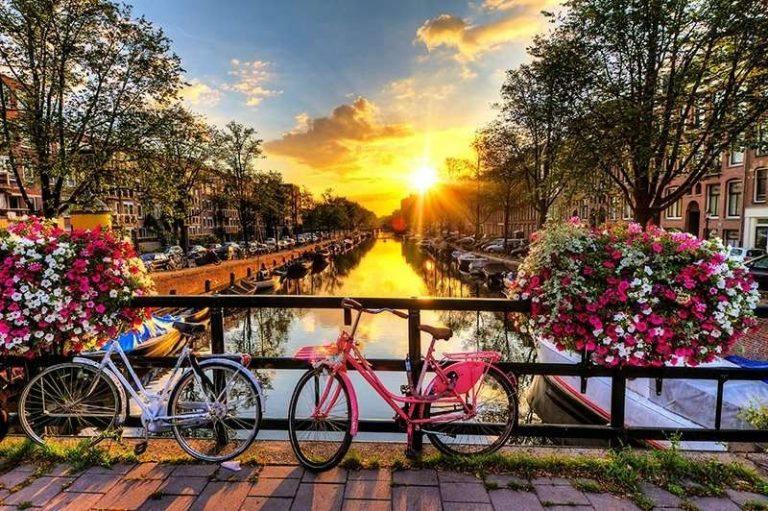 بداية..الطقس في هولندا في أغسطس..