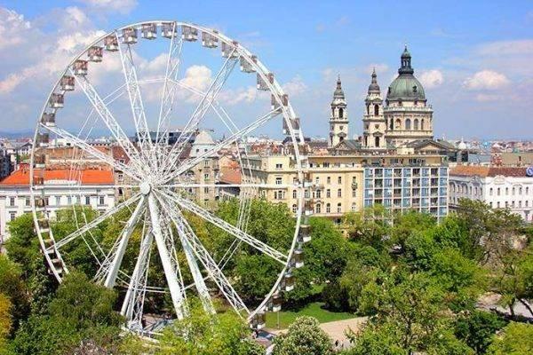 عجلة بودابست  Budapest Eye Ferris ..