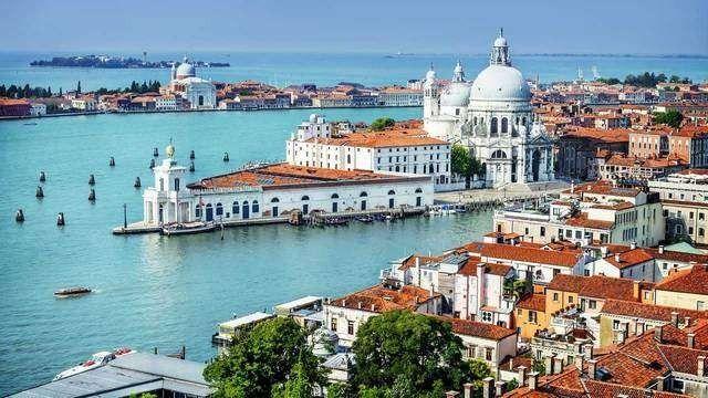 سبب اختيار السياحة في ايطاليا شهر فبراير