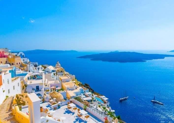 السياحة في اليونان شهر يوليو
