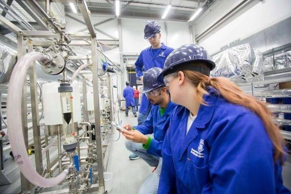الصناعة الكيماوية والبتروكيماوية