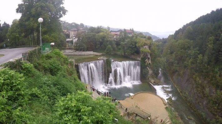 شلال Pliva - السياحة في البوسنة 2019