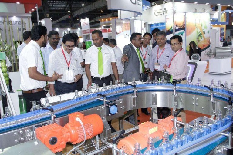 بماذا تشتهر الهند صناعيا وتجاريا