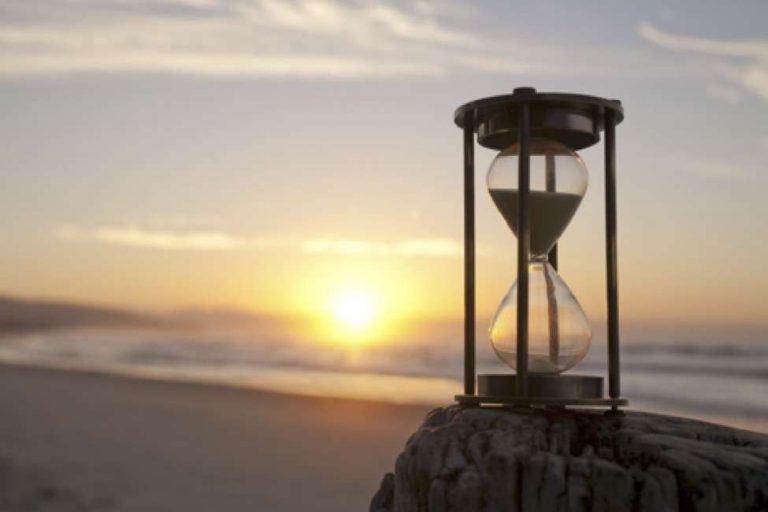 حكم بالانجليزي عن الصبر الصبر من اهم الصفات في حياتنا تعرف معنا عن اروع واهم الحكم عنه