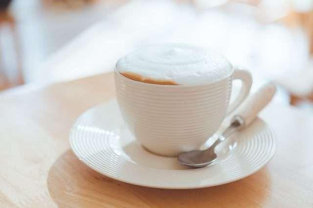 طريقة عمل القهوة الامريكية بالحليب