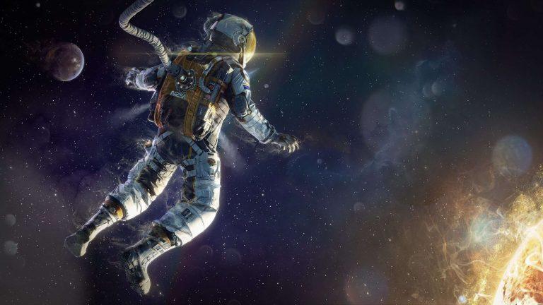 حكم عن الفضاء بالانجليزي