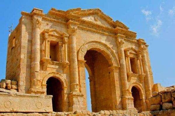 آثار الرومان في الاردن في جرش