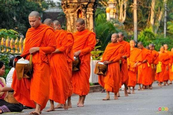 الدّين في دولة لاوس