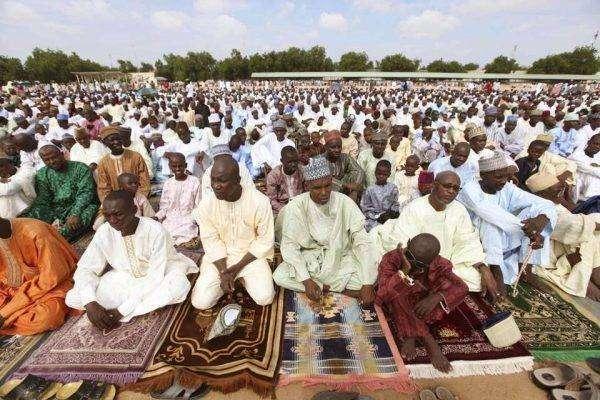 الوضع الدّينيّ والاقتصاديُّ للسّكّان في النّيجر