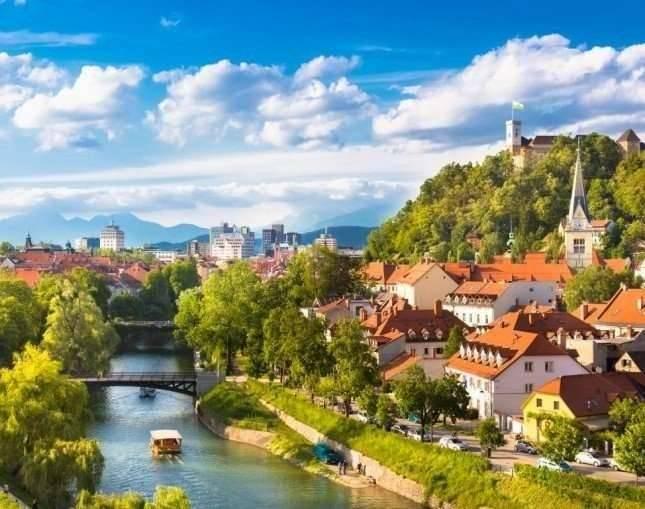 بماذا تشتهر دولة سلوفينيا