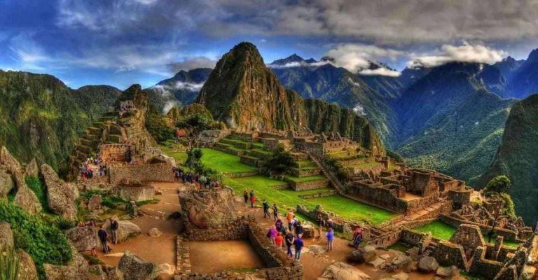 بماذا تشتهر دولة بيرو