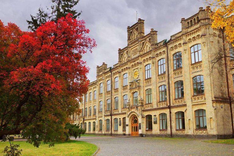 الجامعات المعتمدة دوليا في أوكرانيا