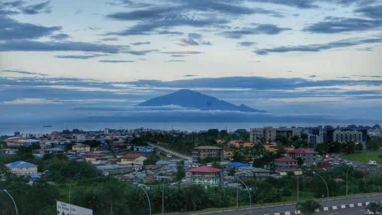 بماذا تشتهر دولة غينيا الاستوائية