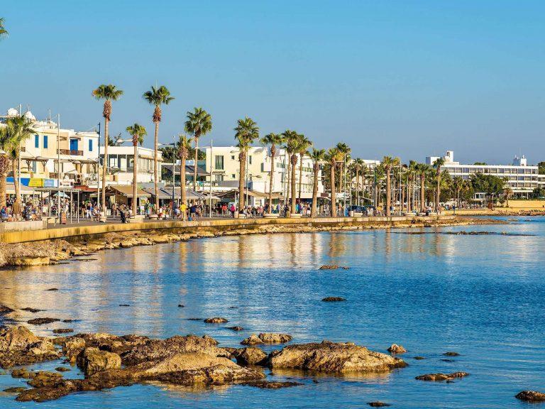 السياحة في قبرص شهر ابريل