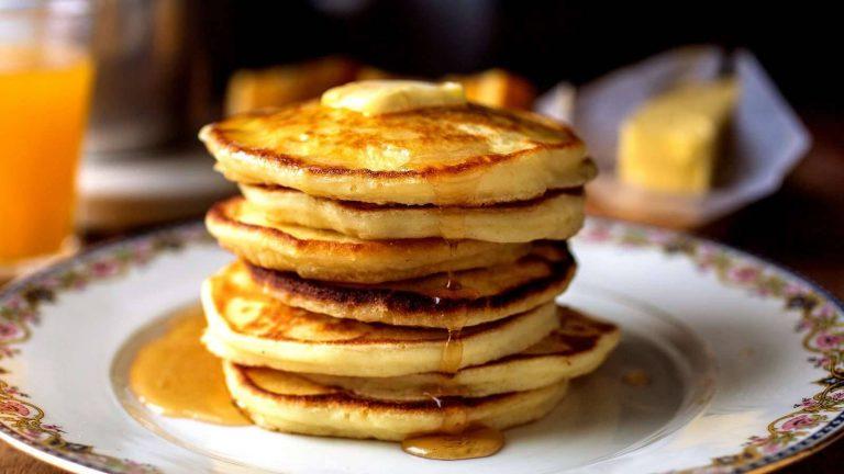 طريقة عمل البان كيك بالزبادي والبرتقال والزبدة