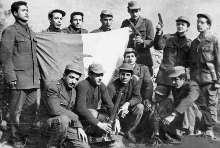 استمرار القوات الفرنسية في القمع