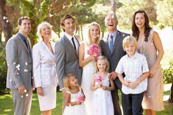 عبارات تهنئة بالملكة للبنات من الأهل