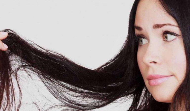 فوائد غسل الشعر بالشاي
