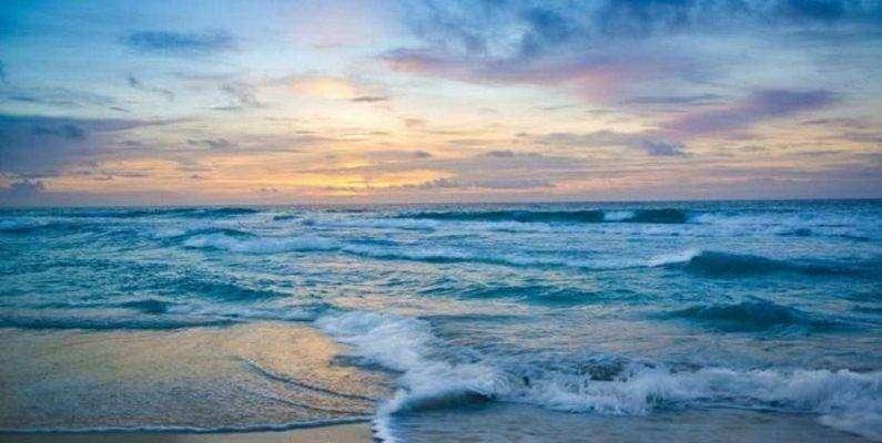 مقال عن البحر