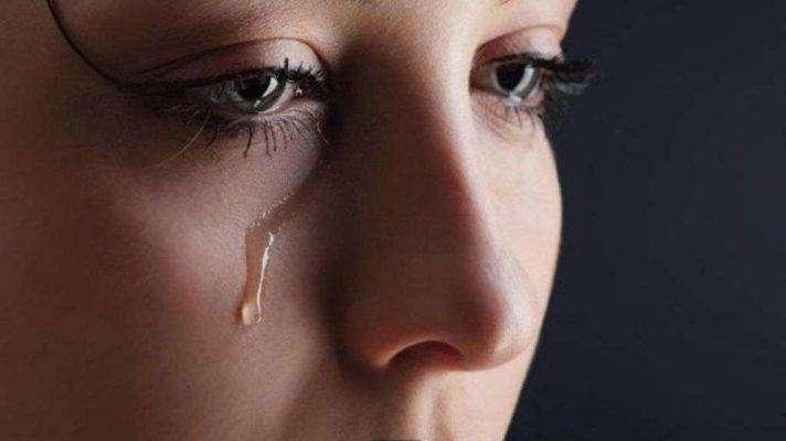 مقال عن البكاء