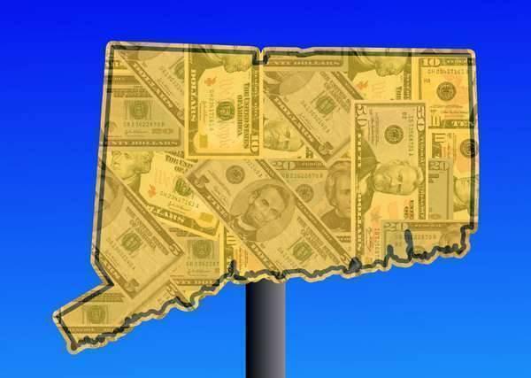 بماذا تشتهر ولاية كونيتيكت الأمريكية في الصناعة والتجارة