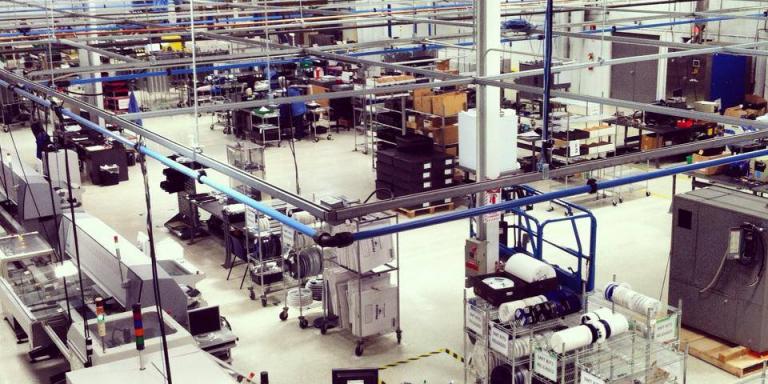 بماذا تشتهر ولاية كنتاكي الأمريكية في الصناعة والتجارة