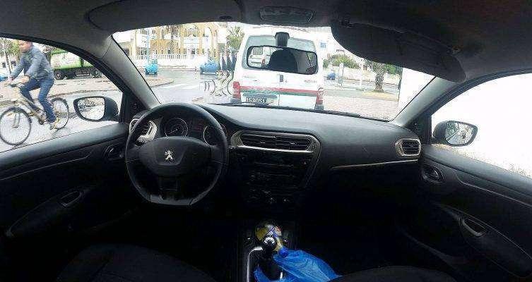 مزايا وعيوب سيارة بيجو 301