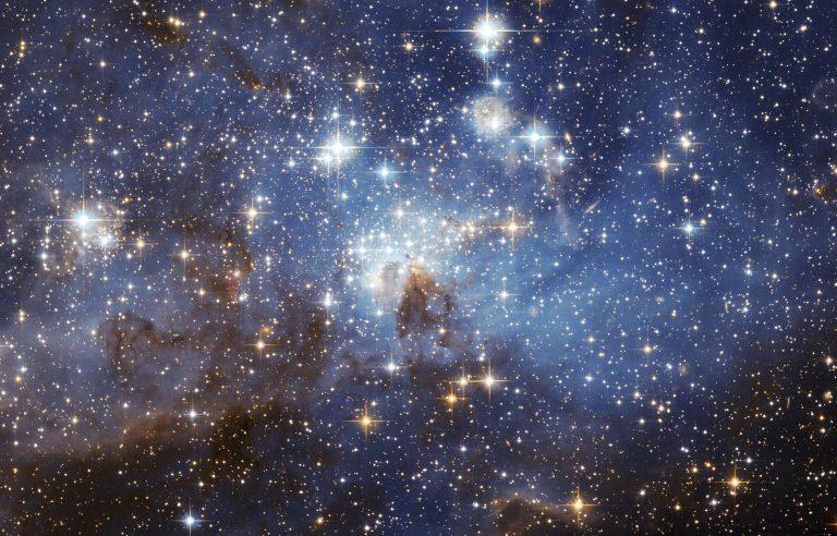 ما هي فوائد النجوم