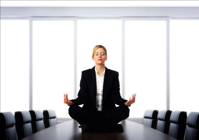 فوائد الصمت في مكان العمل