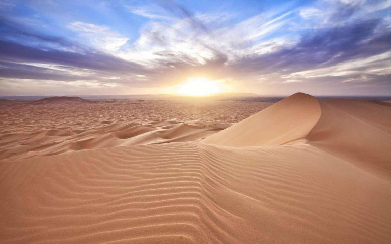 مناخ الإقليم الصحراوي الحار