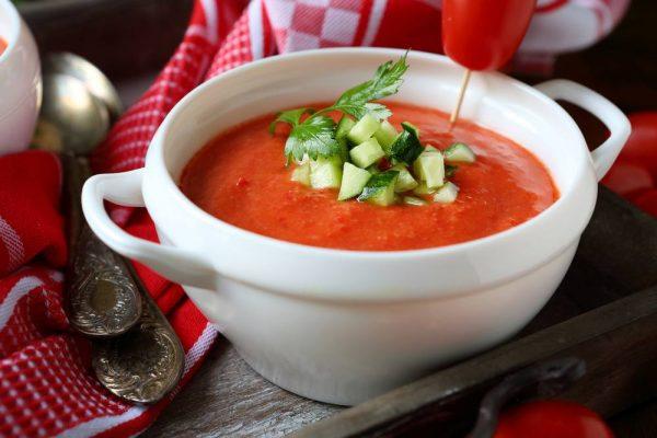 حساء الطماطم
