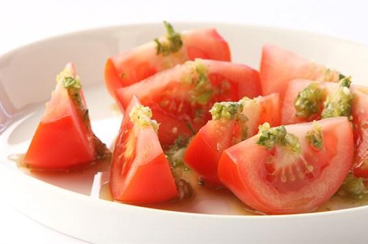 فوائد الطماطم للعين