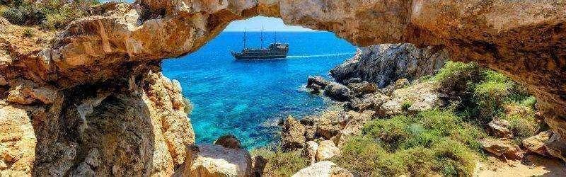 السفر الي قبرص من مصر للعمل