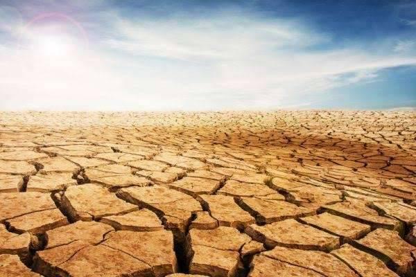المناخ الصحراوي الجاف