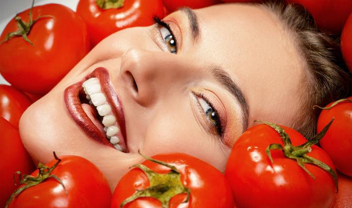 فوائد الطماطم للبشرة الدهنية