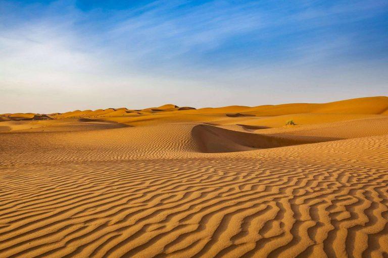 المناخ الصحراوي الحار